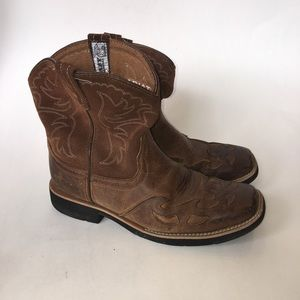 Fatbaby Ariat cowboy boots